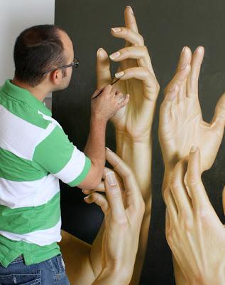 Hyper-Realist Paintings by Omar Ortiz Seen On www.coolpicturegallery.us