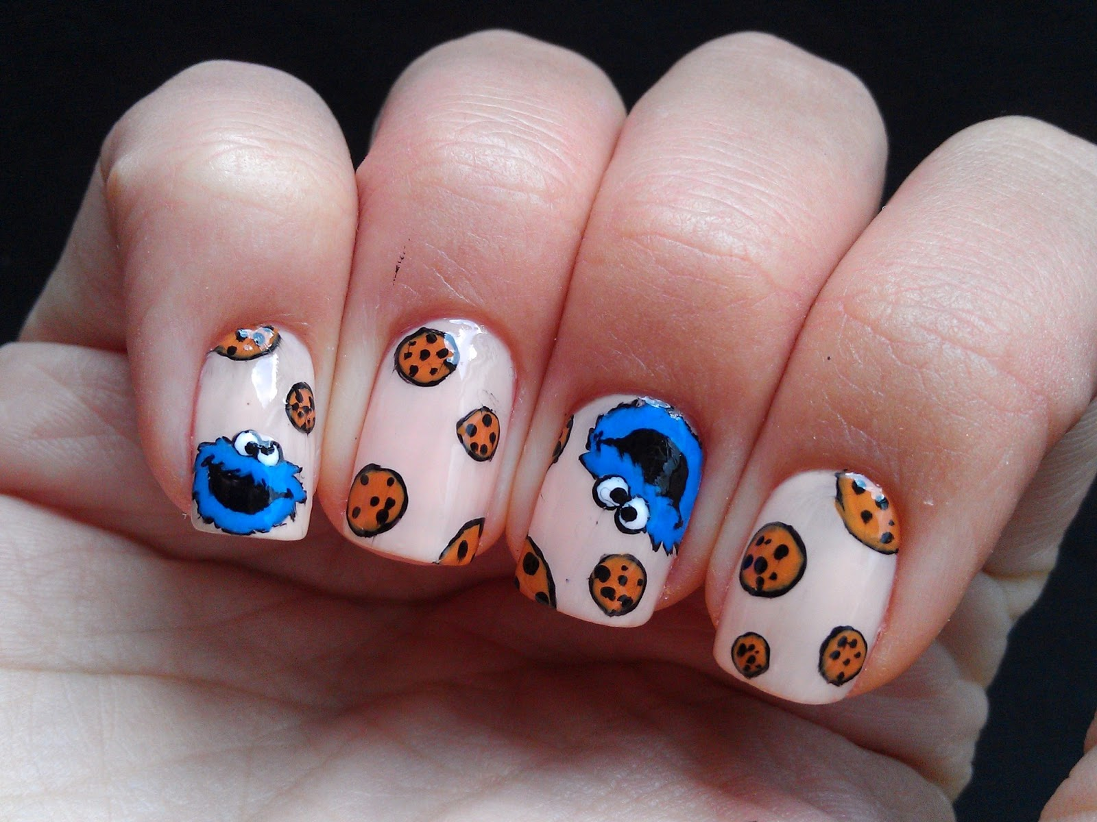 Cookie Monster Nail Art Designs