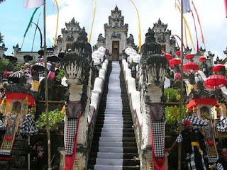 Balinese temple, pura lempuyang, holly water