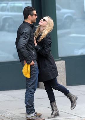 Amanda Seyfried with Boyfriend