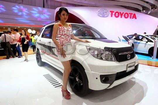 Harga Mobil Toyota Rush Baru 2015 di Solo
