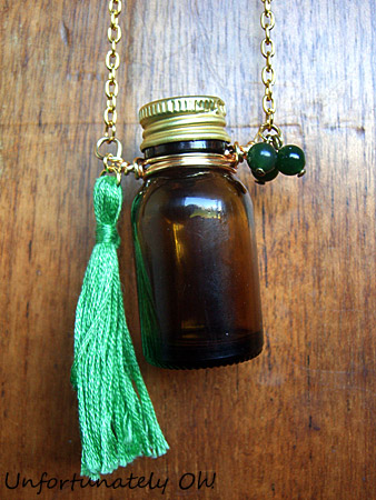 dolly kei vintage inspired bottle necklace how to