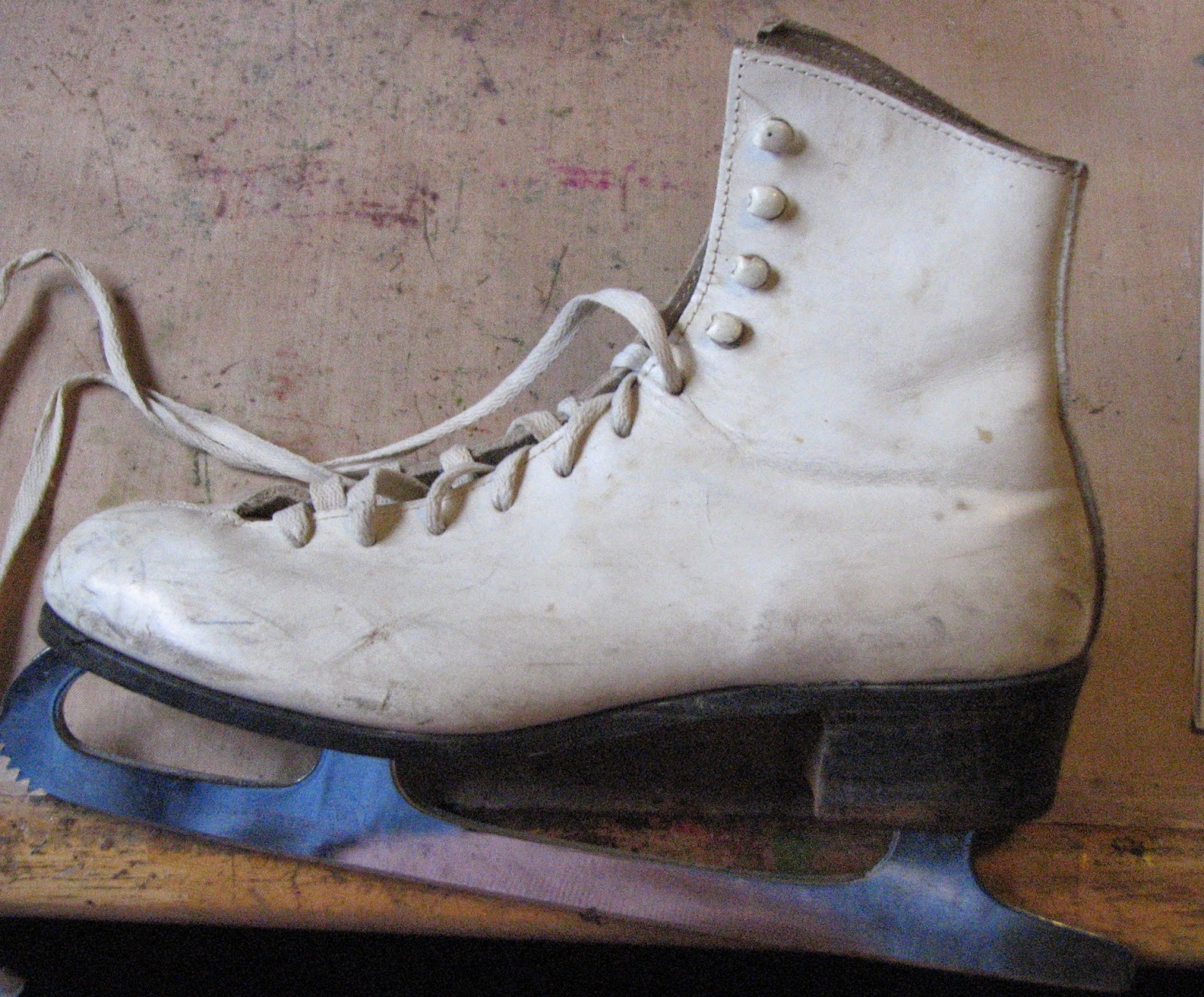 ink stains  vintage ice skates into art