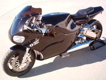 Y2K Turbine Superbike filme Furia em duas