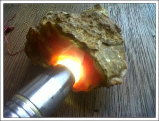 Batu Bacan Obi Asli dan Ciri-cirinya