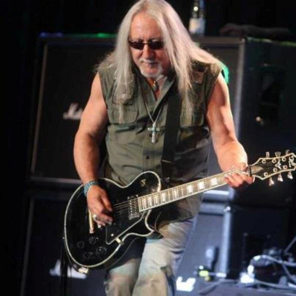 Classic Rock Here And Now Exclusive Interview Mick Box Of Uriah Heep When We Were Onstage We Were Untouched And Unbeatable