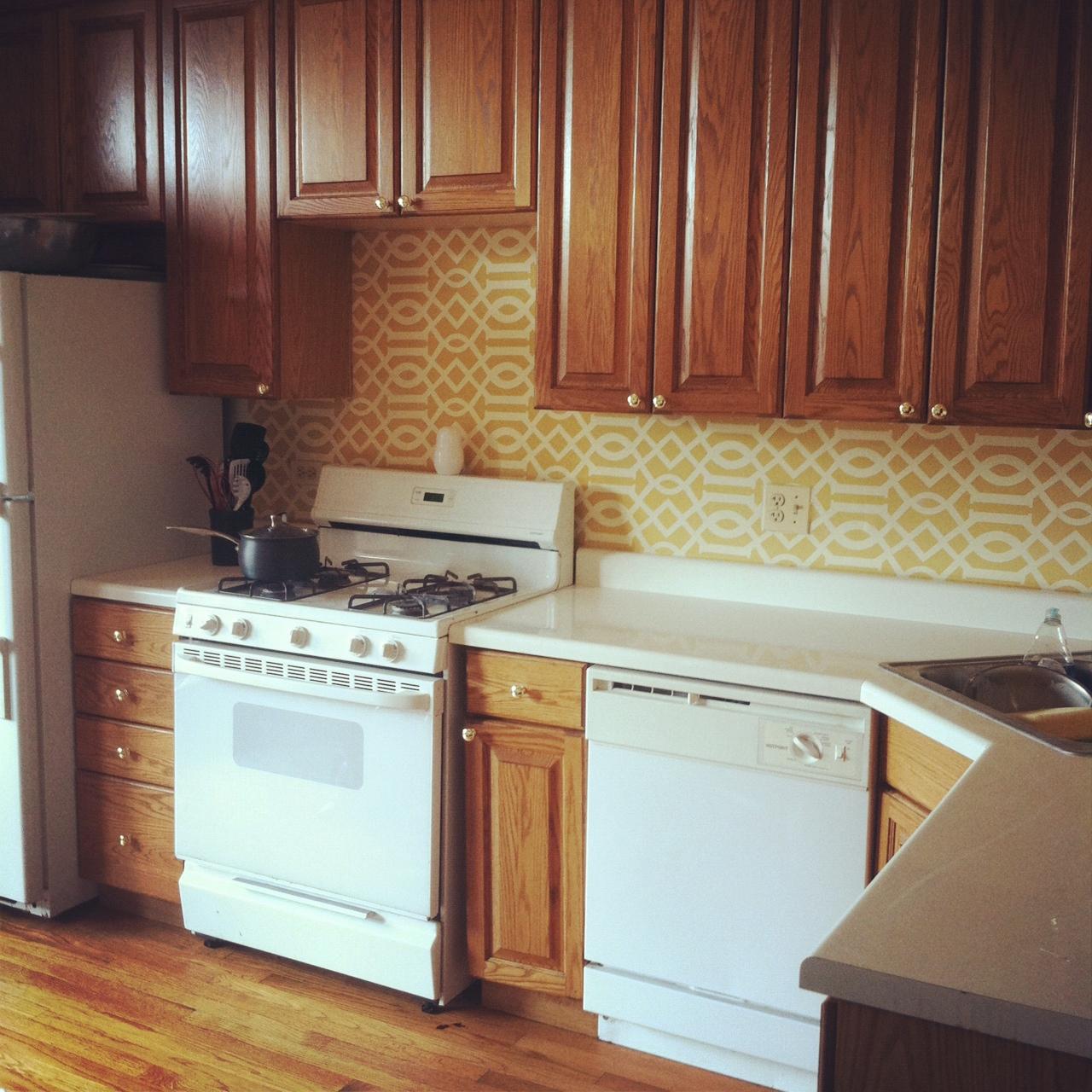 http://4.bp.blogspot.com/-B4-vpjkR4OM/T4UHeJXpfuI/AAAAAAAAADk/fb4Nzx3qndg/s1600/kitchen.jpg