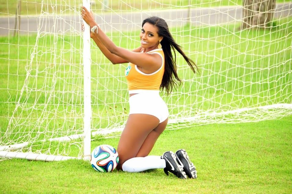 Belas do Mundial - Ana Sutil nas cores da Seleção Costa-marfinense de Futebol
