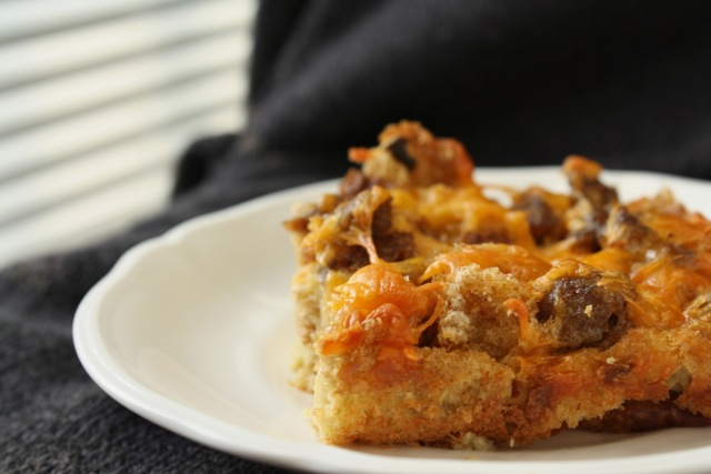The Traveling Spoon: Easter Brunch: Breakfast Sausage Casserole