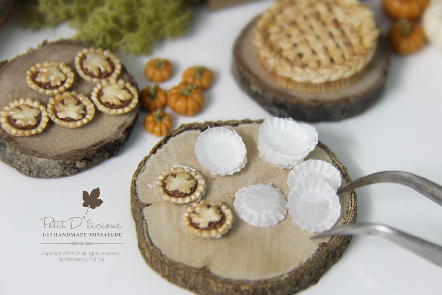 Dollhouse Miniature Handcrafted Pumpkin Pie with Maple Leaf Crust