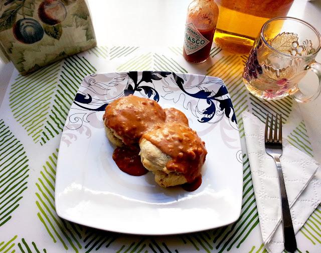biscuits with chorizo sausage gravy