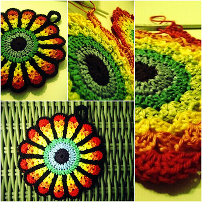 Crochet flower pattern potholder