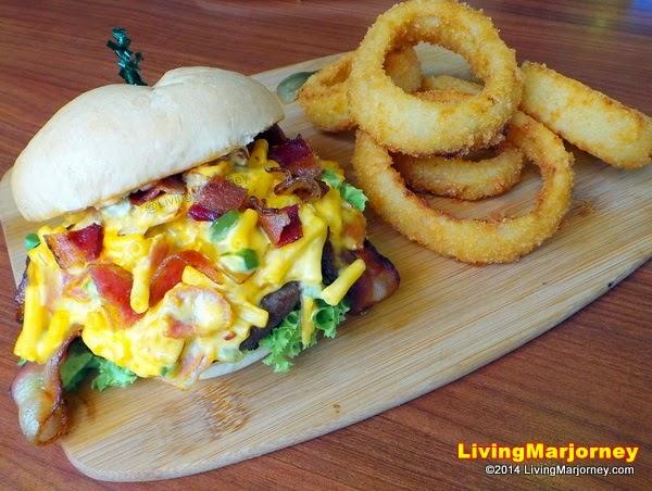 Cheesy Mac Burger at iHOP
