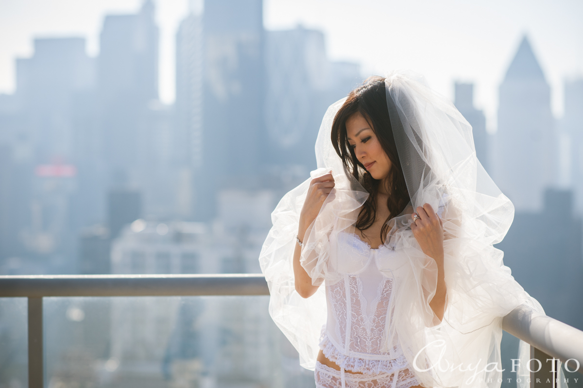 AnyaFoto: Miss Y. - Bridal Boudoir Photography