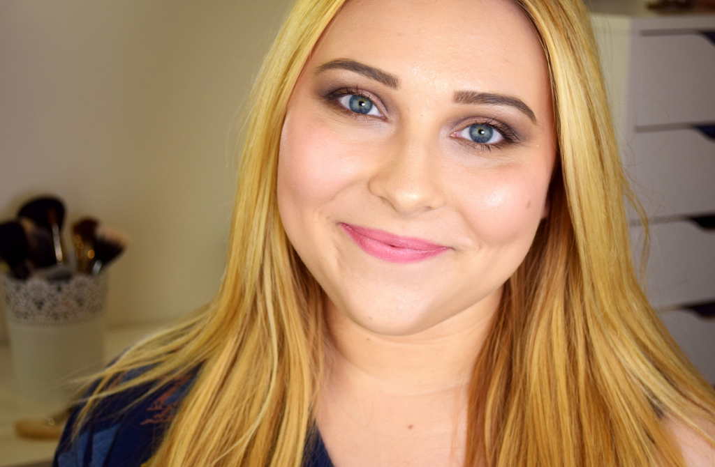 Makeup Revolution 'Dusky' Lipstick Lip Swatch