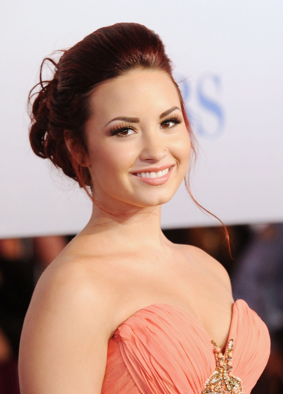 Demi Lovato Long Wavy Red Hairstyles