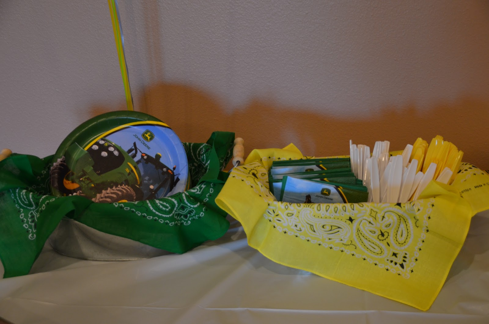 Our Crazy Crafty Life: A whole lot of John Deere Party FUN!