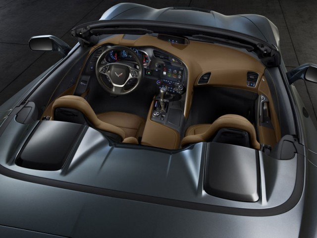 Chevrolet Corvette Stingray Convertible 2014 interior