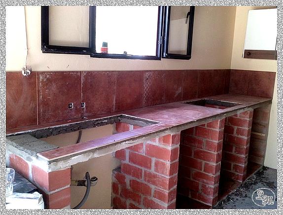 C mo hacer una cocina de obra ideas hogar para manitas - Cocinas rusticas de obra pequenas ...
