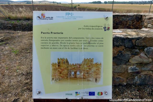 Cartel informativo Puerta Praetoria Campamento Petavonium