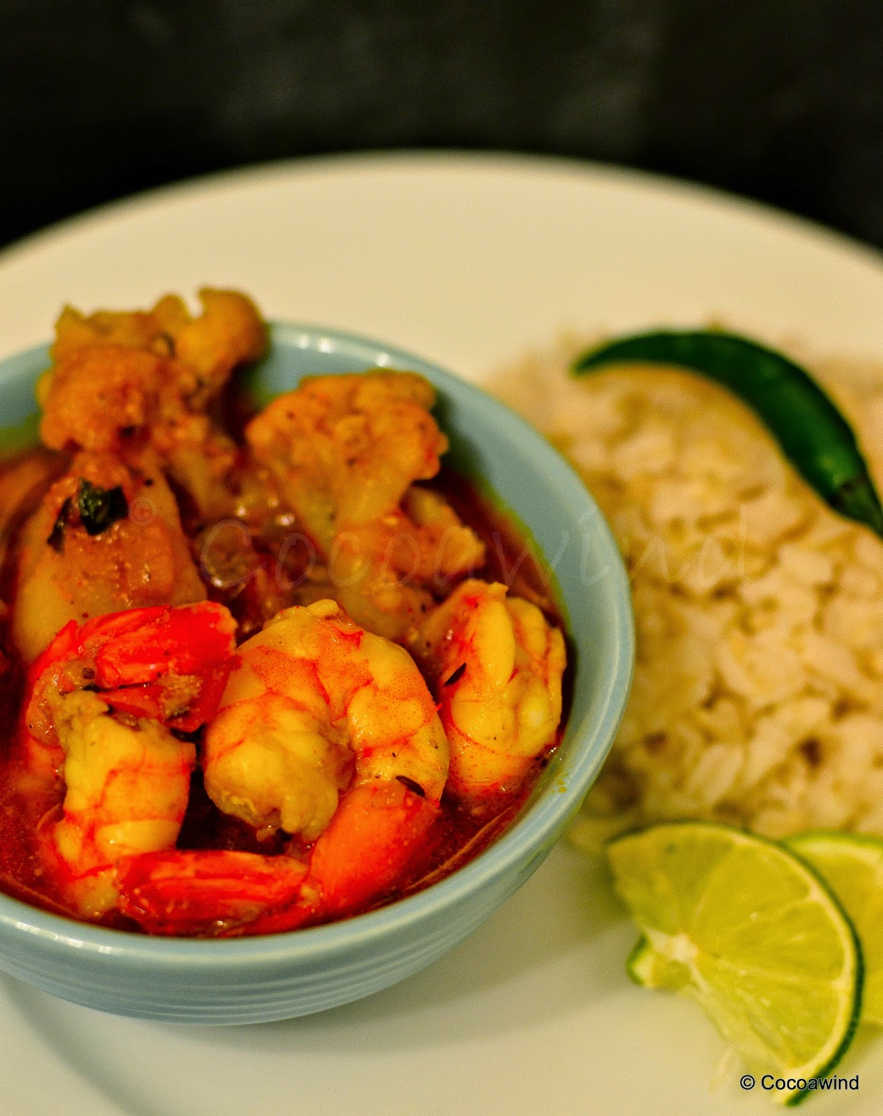 Phulkopi Chringri Dalna: Cauliflower-Shrimp Curry