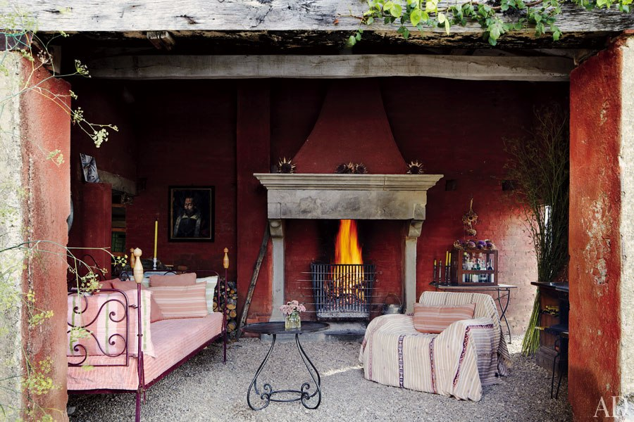 My head space a rustic farmhouse in the hills of italy for Ad garden rooms