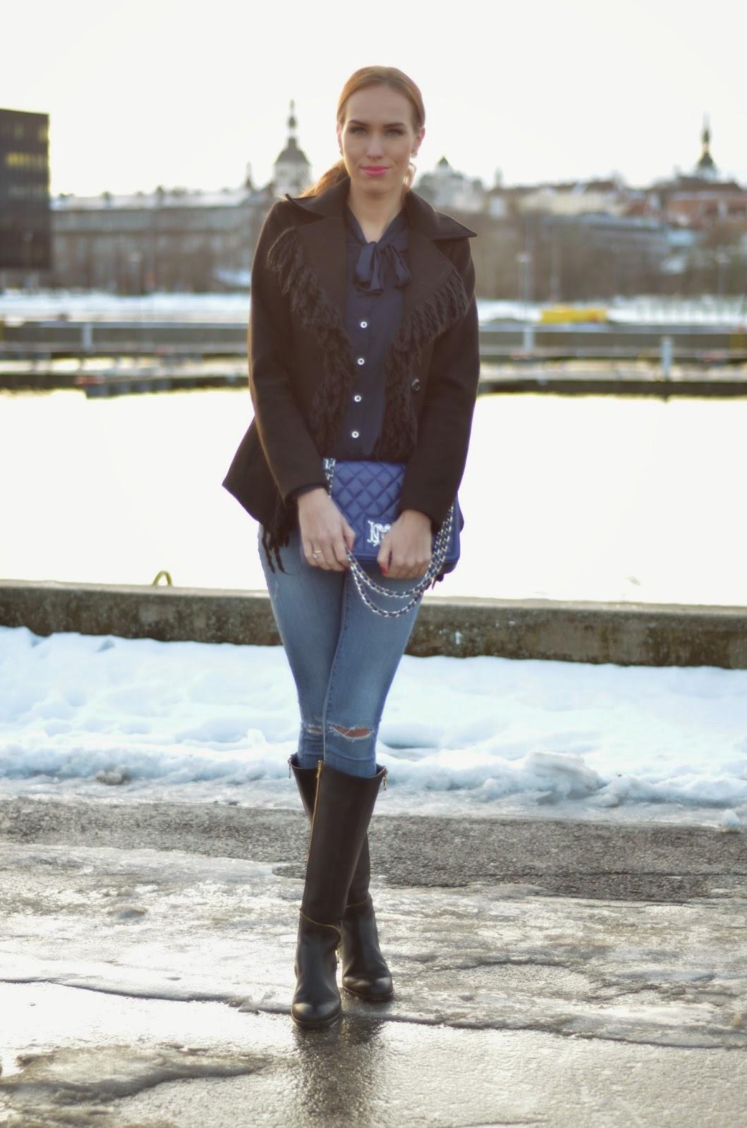 noa-knee-high-boots-zara-ripped-jeans-moschino-bag kristjaana mere