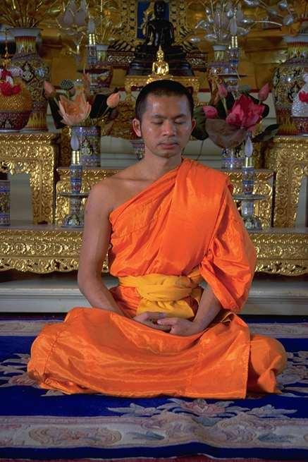 Posicion de meditacion budista tecnicas de meditacion - Meditar en casa ...