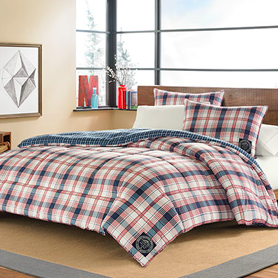 Simple The classic Eddie Bauer Sun Valley Plaid Comforter Set would be ideal for your gentleman heading off to college This handsome set bines a rustic design