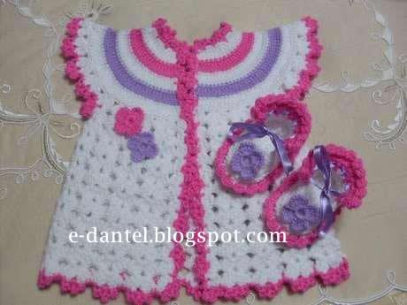 Kız Çocuğu Elbiseleri