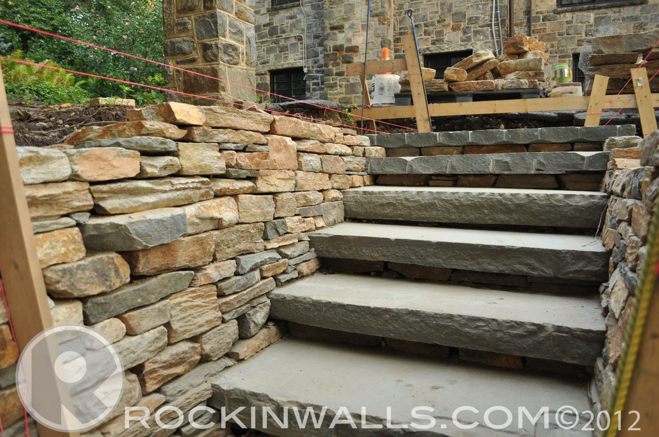 Rockin walls how to pa blue stone steps beechdale rd for Pictures of stone steps