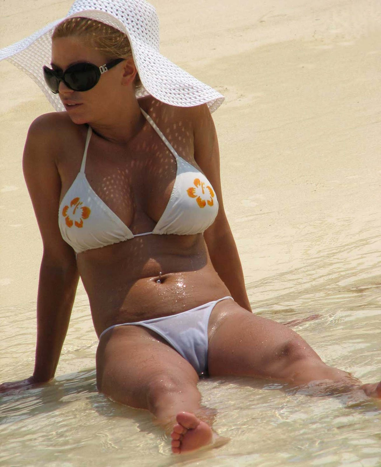 liz mcclarnon see through