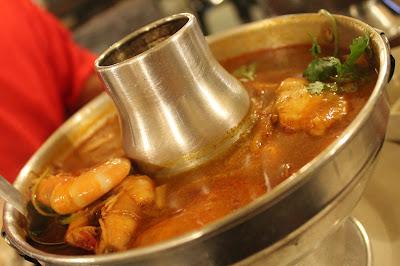 mix seafood tomyam