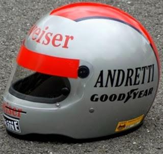 Il casco di Mario Andretti. Anche Michael e Marco Andretti hanno usato questo disegno