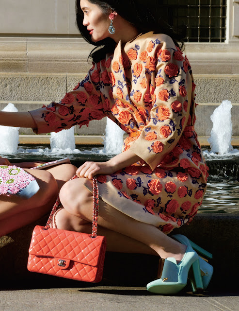 salmon pink chanel bag in harpers bazaar