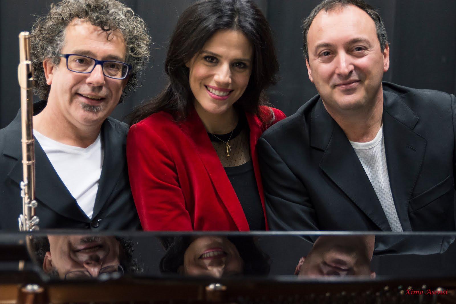 Trio Soupire Enchantée