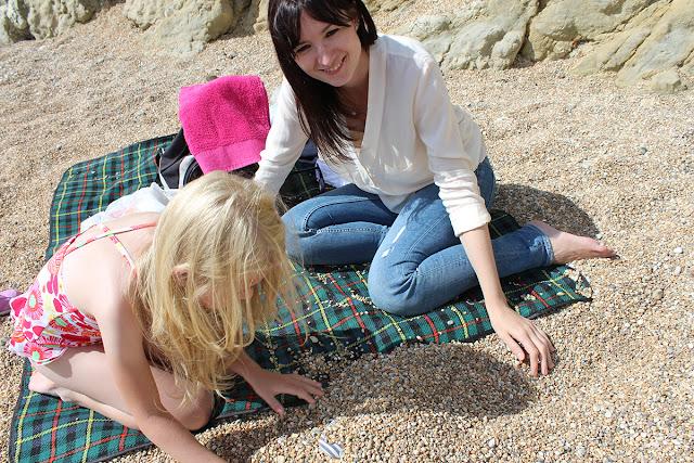 summer-activities-lulworth-cove-summer-beach-todaymywayblog