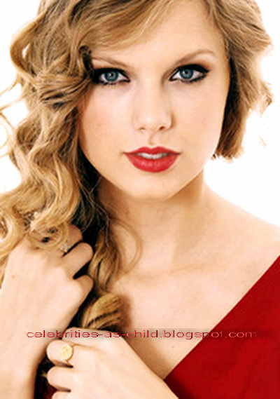 Taylor Swift Pictures - Taylor Swift Photo Gallery - 2019