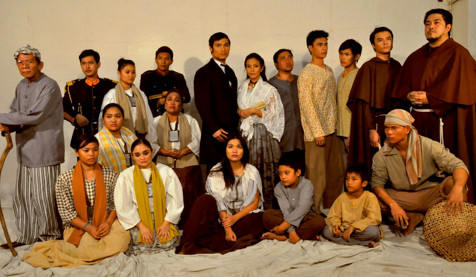 """rizal stage play Numerous biographies celebrate rizal as """"the first filipino"""" (guerrero) """"the pride of the malay race"""" (palma} solitary individual, robinson crusoe as master- narrative hero, occupied center-stage in mapping act of communication, rizal plays the spiritual mentor, fraternal counselor, and tribal sage all."""
