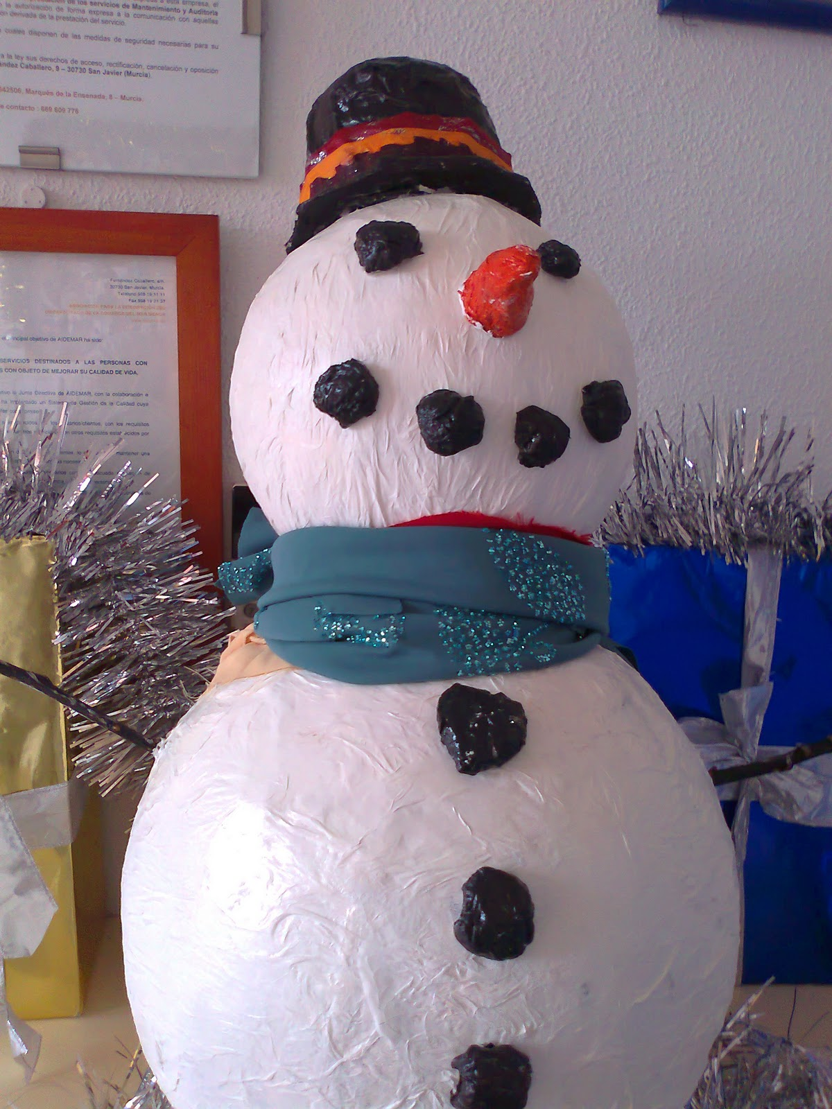 Maestra de infantil manualidades de navidad aidemar - Manualidades corcho blanco ...
