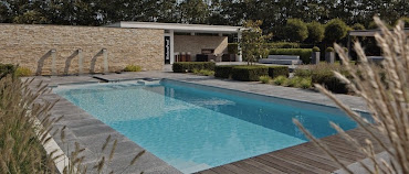 #15 Outdoor Swimming Pool Design Ideas