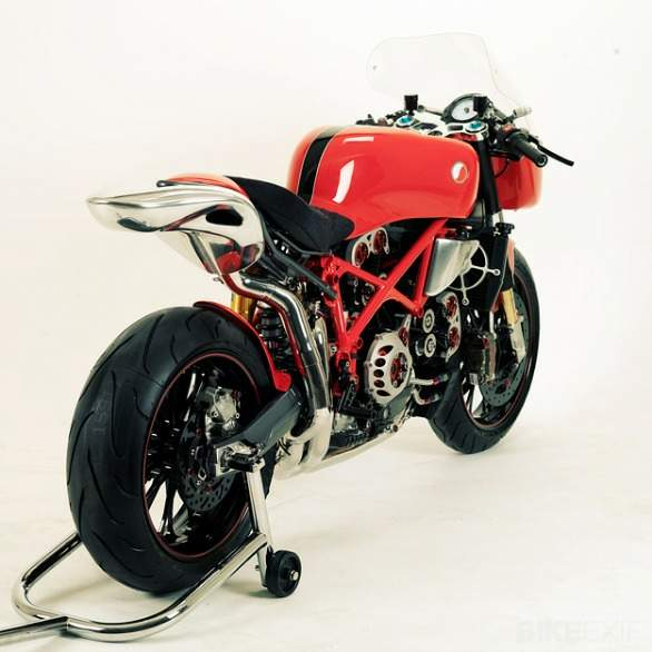 Ducati 999 - cafe racer -  Steffano Cafe9 – A Modern Cafe Racer Based on Ducati 999