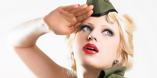 pin up militar