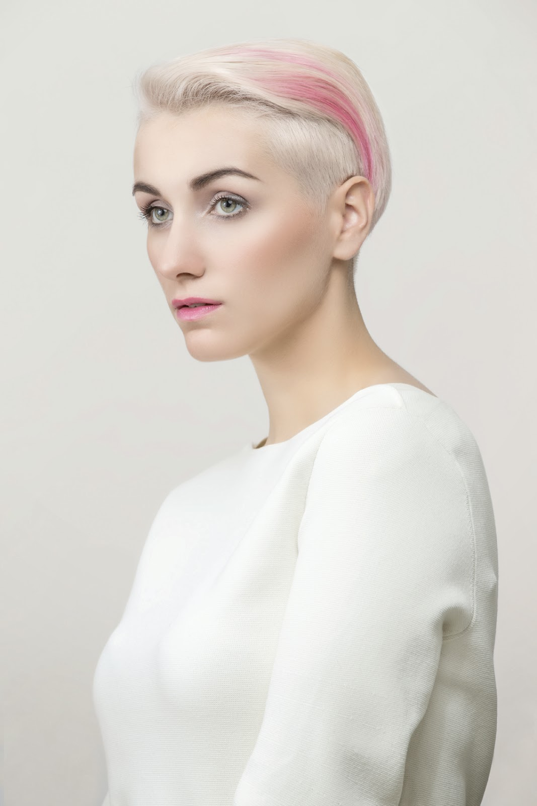 Capelli rosa by Vania Laporte for L'Oréal Professionel Paris