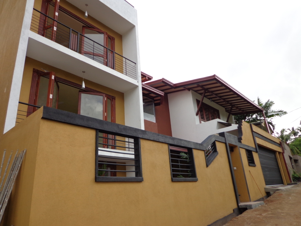 Vividasithuvili property sales in sri lanka 922 a for Balcony designs pictures sri lanka