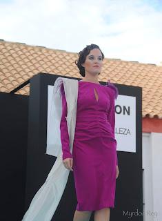 vestido-fucsia-saras-fashion-week-larinconada