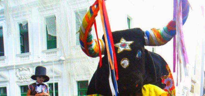 http://diretodosmanguezais.com/default.php?pagina=registros-carnaval-2015.php