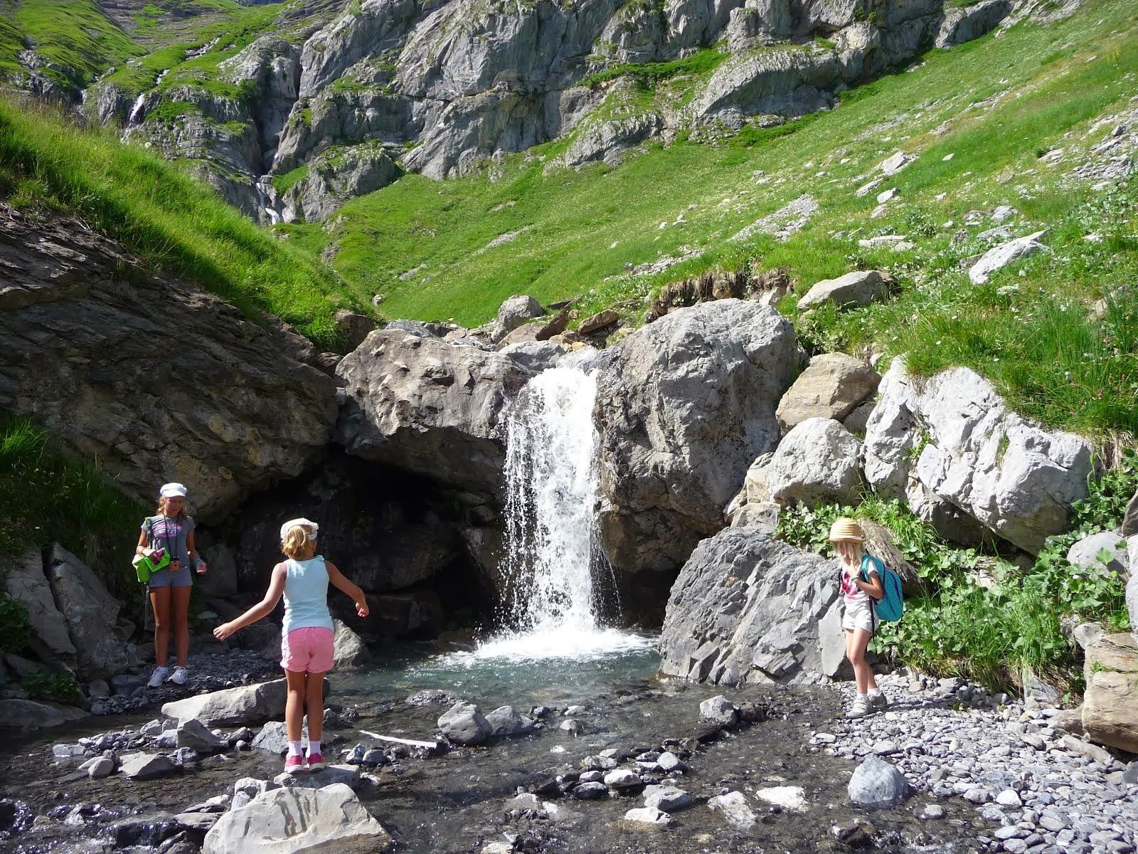 Belles balades aux cascades de Petetruy