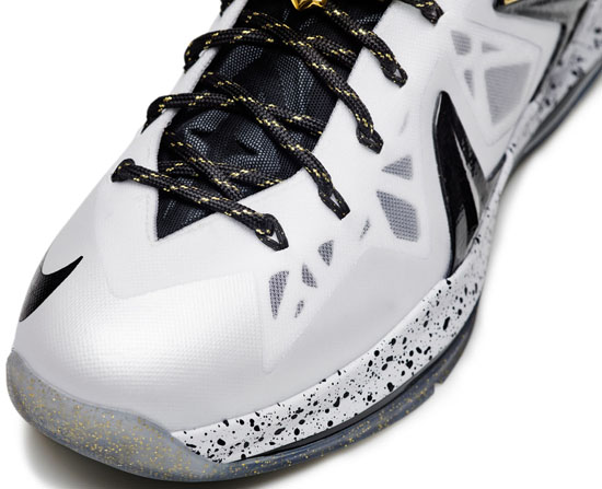 Nike KD V Elite+ Low White/Metallic Gold-Black-Pure Platinum: