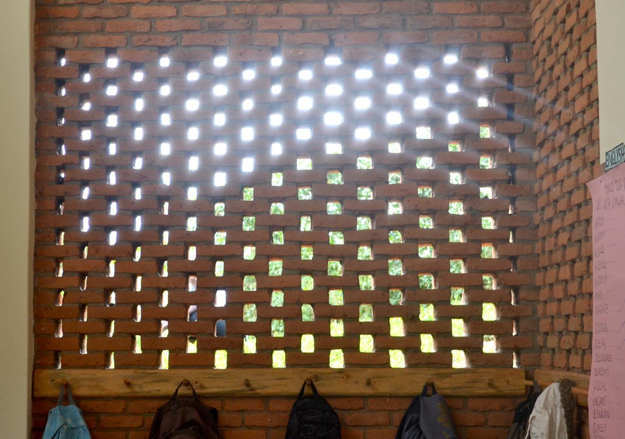 Edward dale harris umubano primary school kabeza kigali for Perforated brick wall